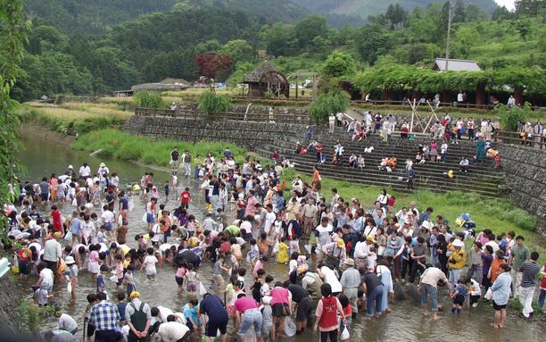 神山温泉まつり 5月