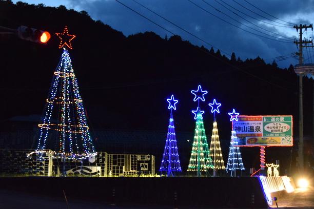 鬼籠野地区クリスマスイルミネーション 12月
